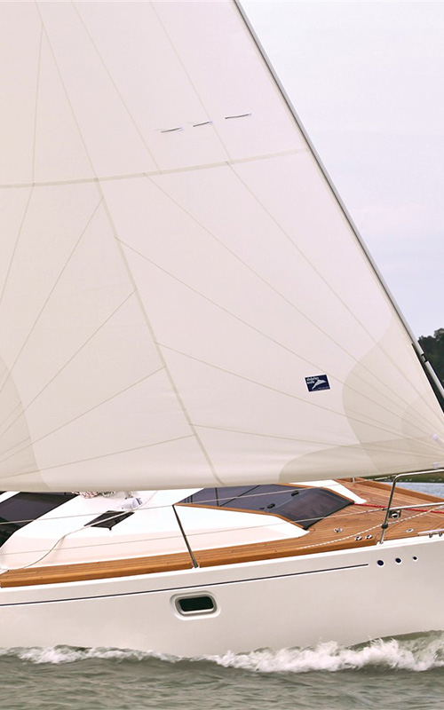 Genoas Dolphin Sails